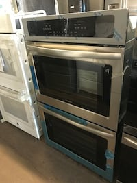 New Frigidaire 30in double wall oven electric 6 months warranty Baltimore