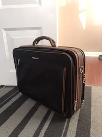 Business hard case with leather handling Pembroke Pines, 33026