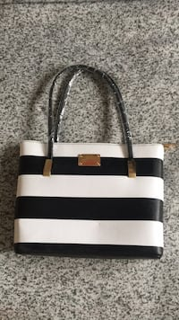 Black/white Stripe Purse from Portugal Mississauga, L4W 2Y7