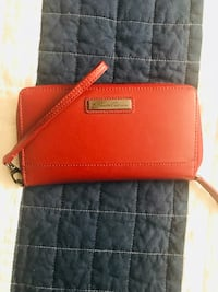 Red Kenneth Cole leather wristlet