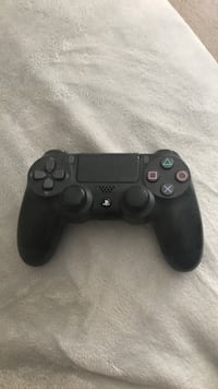 black Sony PS4 wireless controller Coquitlam, V3K 4T5