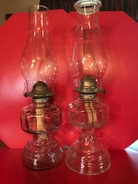 2 oil lamps  Springfield, 40069