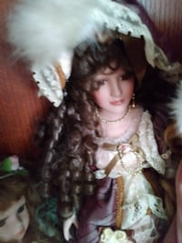brown haired porcelain doll Ocala, 34481