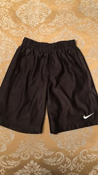 Youth NIKE shorts (black) size S (have 3) Vaughan, L4K 3Z9