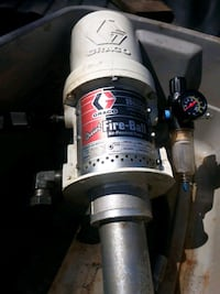 Oil and Grease pump  Ecorse