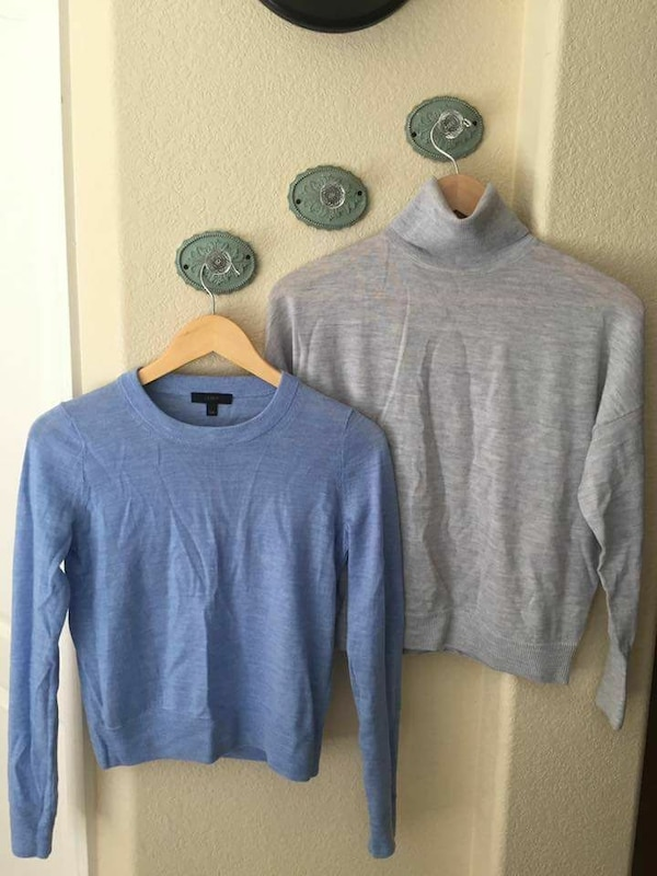 cc0dda639b Used White house black market and j crew sweaters for sale in Merced - letgo