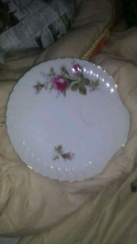 2 Vintage China Snack Plates Hearne, 77859