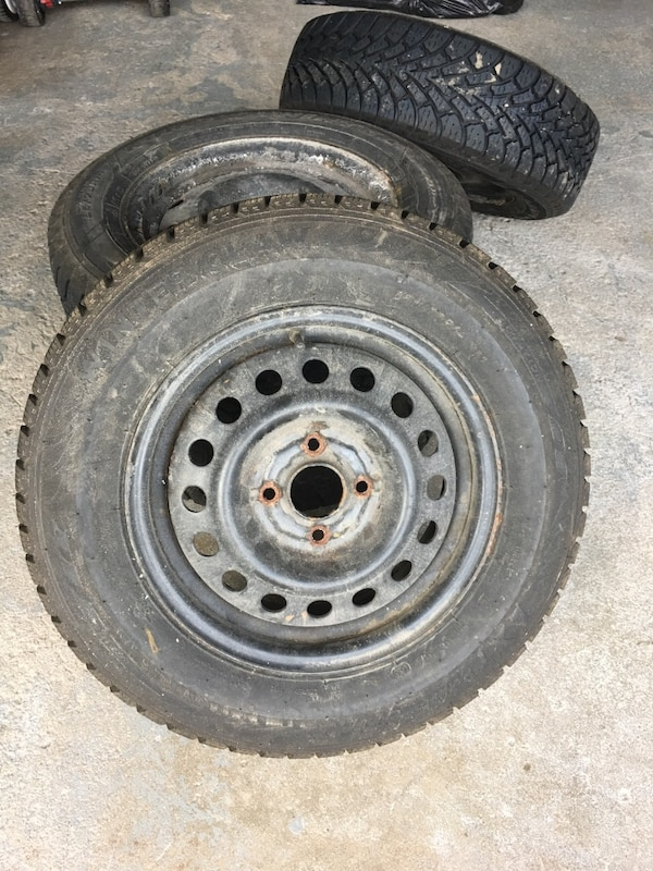 Used Tires Barrie >> Used Winter Claw Tires 185 70r 14 For Sale In Barrie Letgo