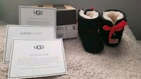 **NEW BABY UGGS** sz 2/3 blk/red Taunton, 02780