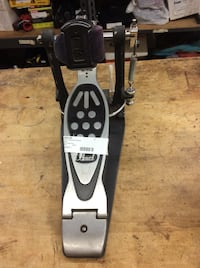 Pearl bass drum pedal . Used  Baltimore, 21205