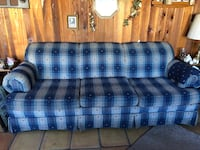 Blue and white plaid 3-seat sofa Lubbock, 79423