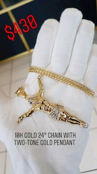 """10k yellow gold 24"""" chain with large Jesus piece  Toronto, M1K 1N8"""
