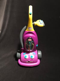 Play school Hasbro Cool Crew Dusty the Vacuum Cleaner Moving Eyes and Sounds Muskego, 53150