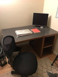 Large desk and desk chair Arlington, 22201