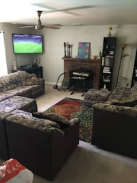 11 piece sectional w/ 2 ottomans and 3 pillows VACAVILLE