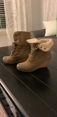 Boots Size 8.5 Hagerstown, 21740