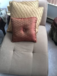 Single couch/bed brand new