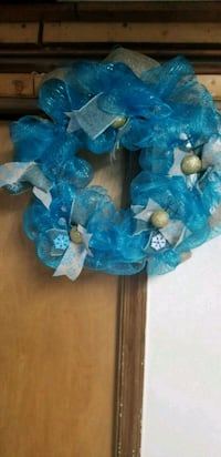 18 inch Blue holiday wreath Maryland, 20746
