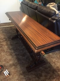 Hall table Guelph, N1H 1X3