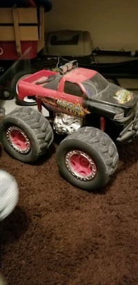 Remote control truck/charger Rockford