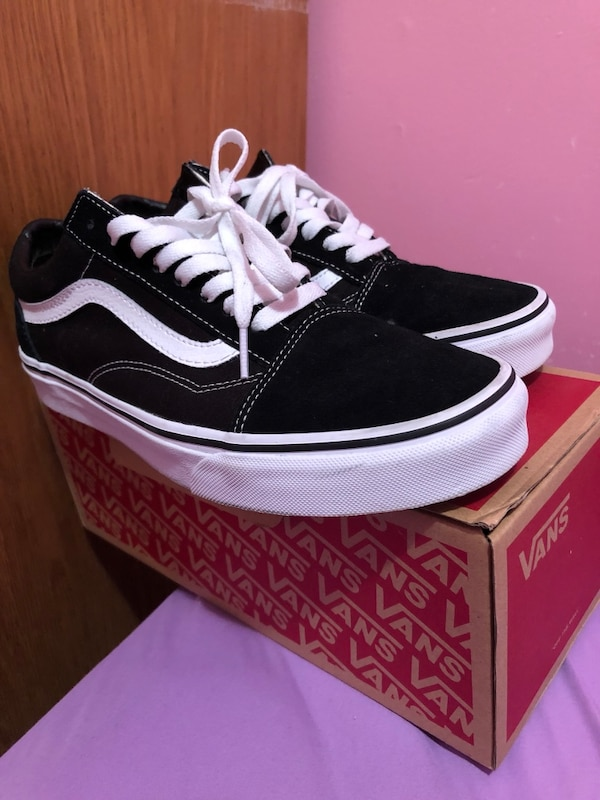 889e6a506 Used Black and white vans size 10.5 women  50 for sale in Toronto ...