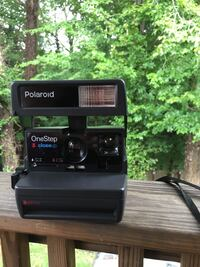 Polaroid camera  Woodbridge, 22193