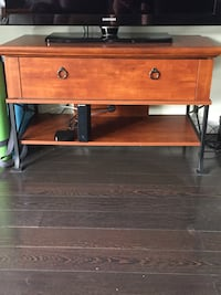 Tv stand with large drawer London, N5X 3T6