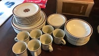 Stoneware dishes by Edgemere 8 place setting Abingdon, 24210