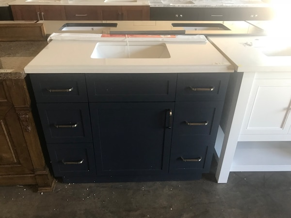 Used Home Decorators Collection Lincoln 42 Vanity And Top For Sale In Farmers Branch