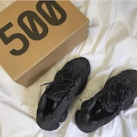 Yeezy 500 Utility Black - Size 10 DS Richmond Hill, L4C