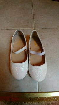 Brand new girls shoes size 9 Piscataway Township, 08854
