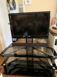 """TV Stand with 32""""TV Yucaipa"""