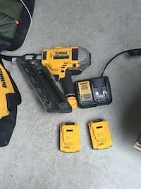 Dewalt cordless hand drill with battery charger Surrey