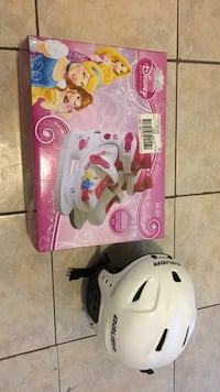 pink and white Disney Frozen themed table lamp Toronto, M3K 1E9