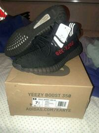 Yeezy boost 350 v2 BRED ( size 7.5) Hialeah, 33015