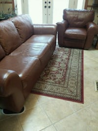 Brown leather sofa with matching recliner  Sykesville, 21784