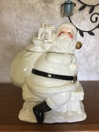 Santa cookie jar brand new still in box $15 Bensville, 20603