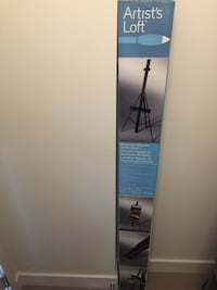 Easel in box new condition Richmond, V6X 1P5