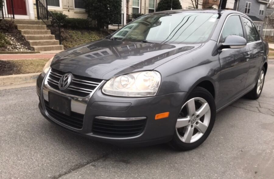 2009 Volkswagen Jetta ' Brand New Leather Aux Clean Title 8f0cbed6-f7ee-4366-97e7-e0d2d35b32ef