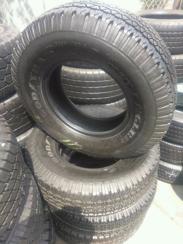 Seminew set of 4 tires P (Phone number hidden by letgo) DYEAR WRANGL 7286d395-048c-4fd7-9c32-0a30508c156a