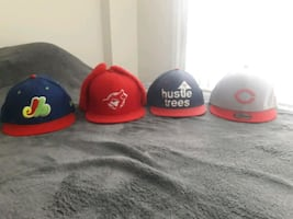 Fitted hats/ Snapback hat