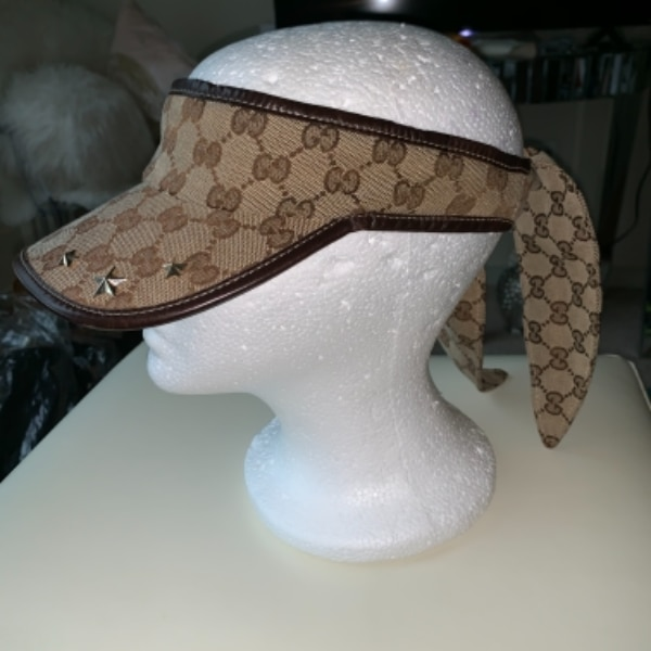 2b998319a1bede Used Gucci Visor for sale in null - letgo