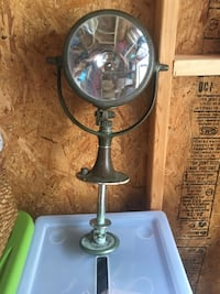 Old ship light. Very good condition, just needs cleaning to up. Baltimore, 21220