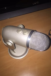 Blue Yeti microphone Tracy, 95377