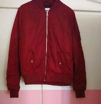Bomber rouge (Bershka)  Paris-19E-Arrondissement, 75019