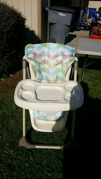 High chair Fresno, 93711