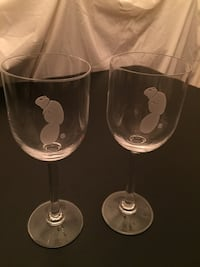 "Set of two 7.75""H Etched ""Beaver"" Wine Glasses Arlington, 22204"