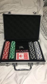 Green red and white poker chip set Toronto, M5M 1V1