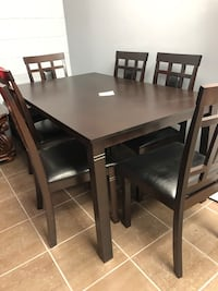 Dinning table and 6 chairs Guelph, N1E 1B3