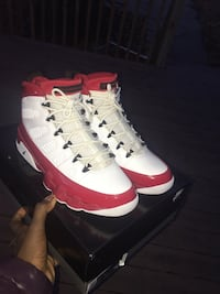 Air Jordan 9 gym red size 11